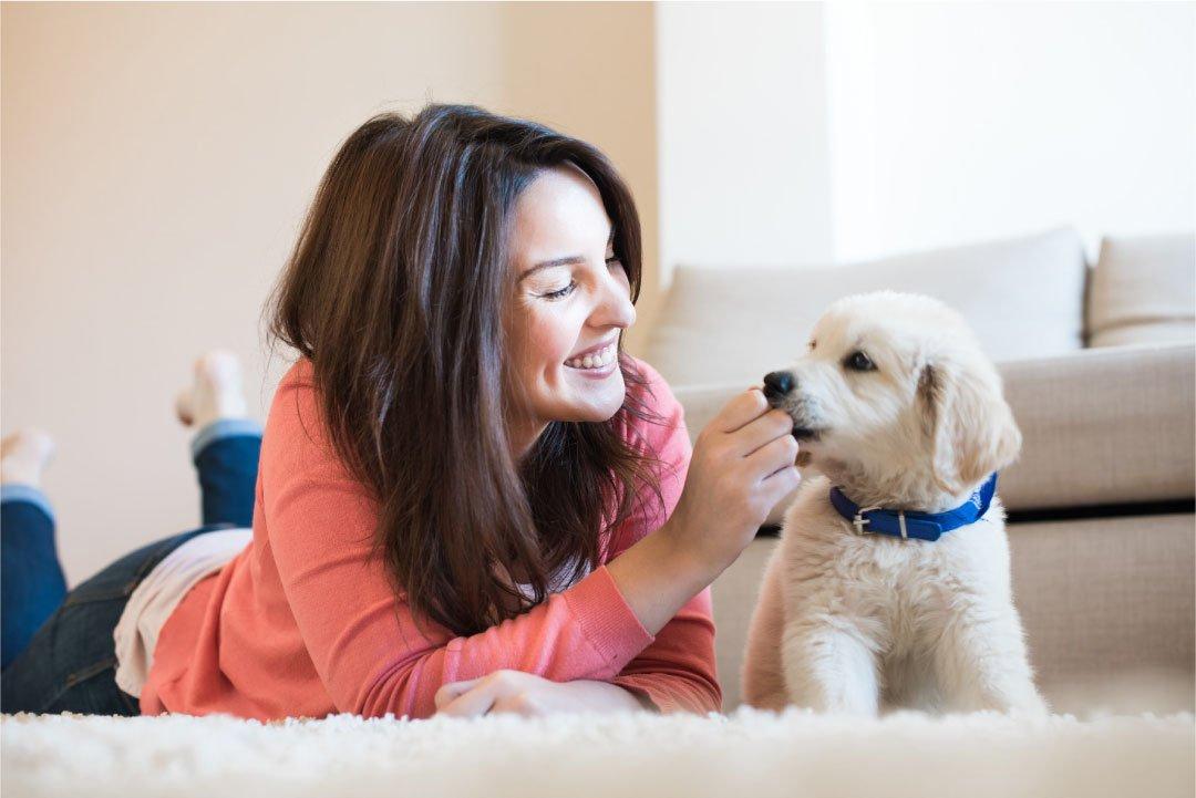 Žena i štene