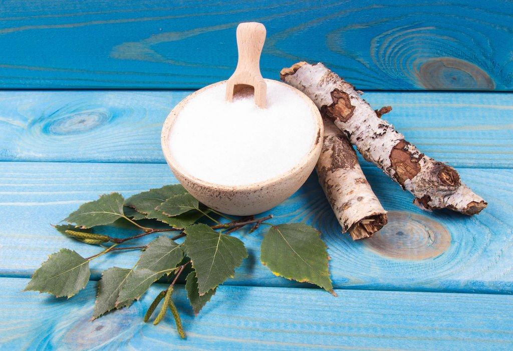 Ksilitol, brezin šećer, prirodni zaslađivač, alkoholni šećeri
